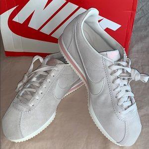 NWT Nike Cortez Suede